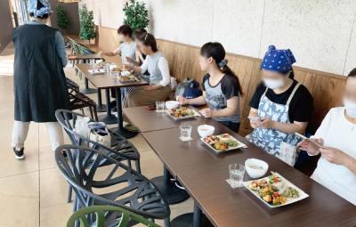 アグリカルチャーイベントイメージ 有機野菜を使用した料理教室後の食事会